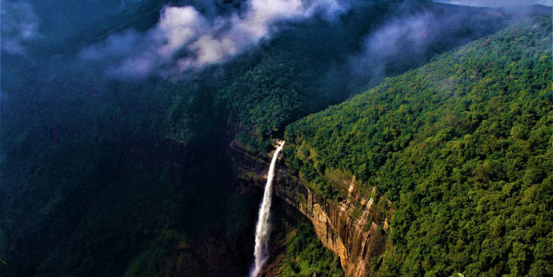 Nohkalikai-Falls-cherrapunji-wettest-place-on-earth
